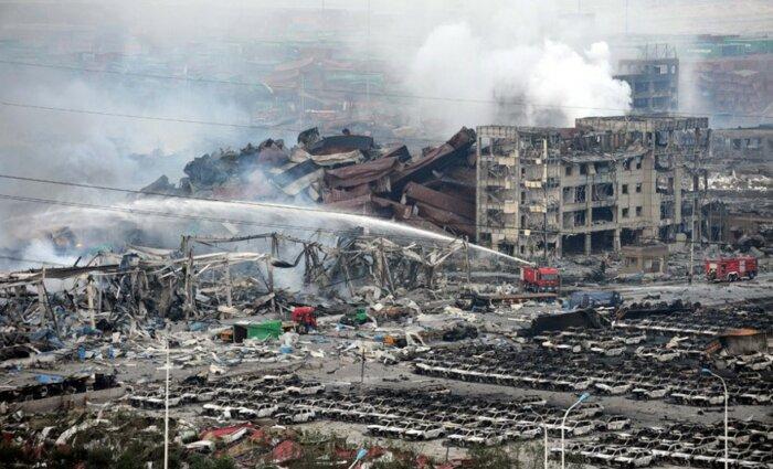 Тушение пожара в Тяньцзине в 2015 году