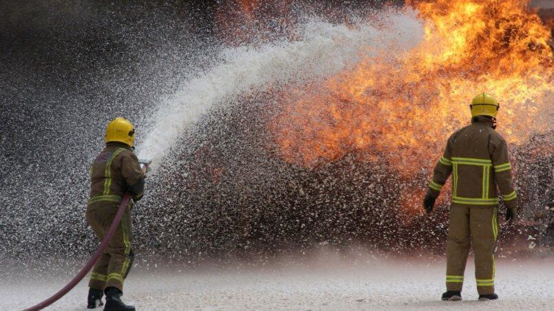 Тушение пожара фторированными пенообразователями